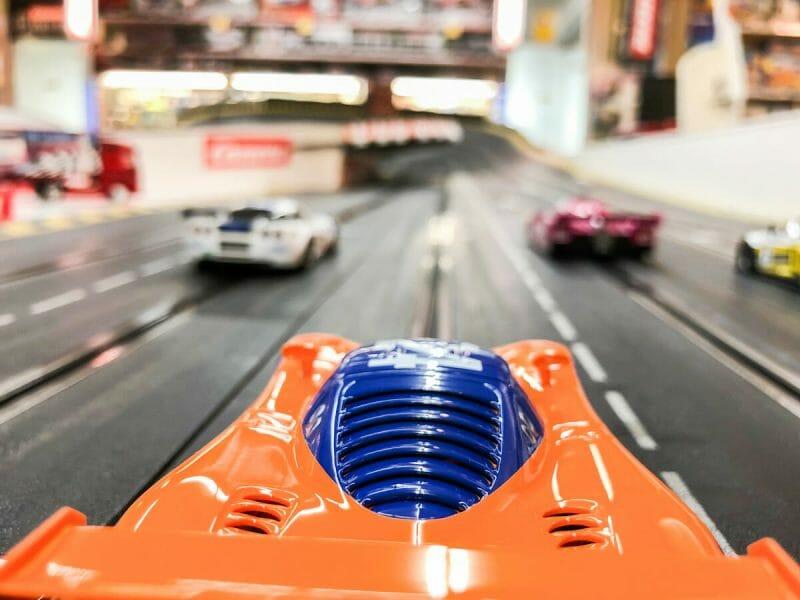 Carreras con Scalextric: adrenalina, regalos de comunión