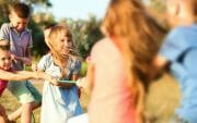 8 beneficios de jugar al aire libre