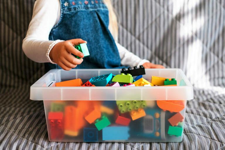 guardar-juguetes-construccion